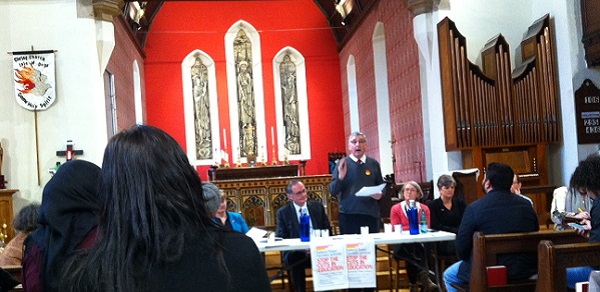 Jim Fitzpatrick addresses the anti-education cuts meeting in Christchurch on the Isle of Dogs.