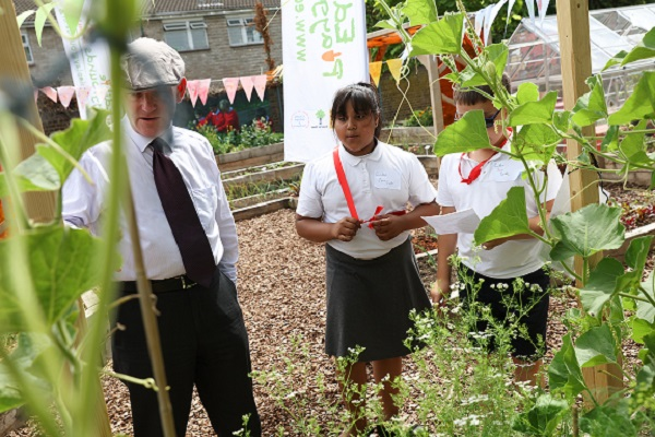 Manorfield School edible garden launch with mayor John Biggs - 7Jul17