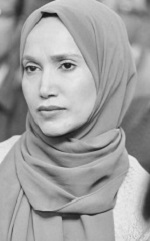 Rabina Khan bw2